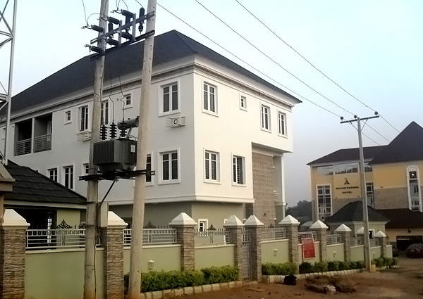 14 Bedroom Semi Detached House in Katampe, Opp. Grand Tower Hotel, Abuja